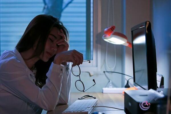 天天熬夜对做试管婴儿的影响有多大?需要调整吗?