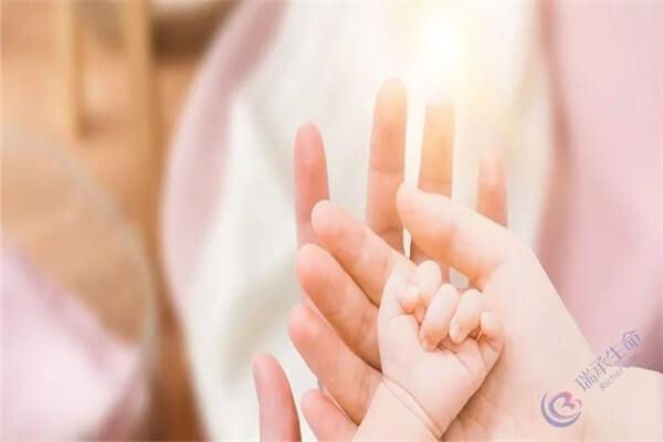 35岁以后女性能否做试管婴儿,主要看这两个指标